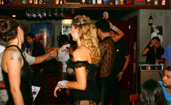 4 bar for Saturday night in Rio de Janeiro