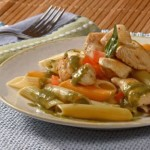 Pasta salad with chicken and melon