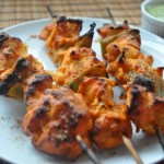 Chicken skewers with garlic and lemon
